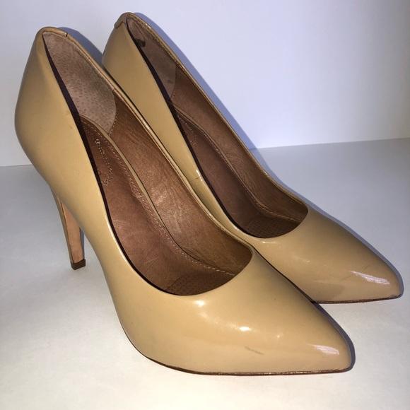cc86c0b980 ... Patent Leather Heels Pumps 9. Corso Como. M_5b99d7672e14789e0b03a803.  M_5b99d769534ef97216808493. M_5b99d76a8ad2f95475dff5c2.  M_5b99d76caa57196876a1adca